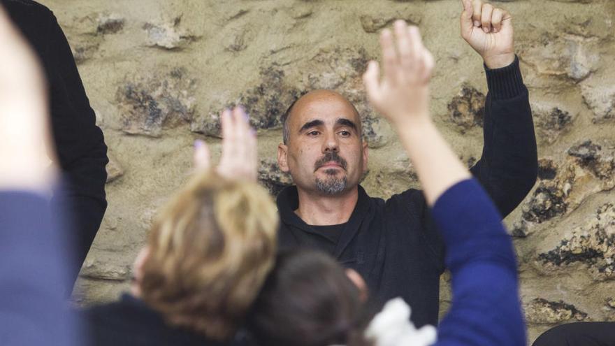 EUPV destituye a David Rodríguez tras pagar su viaje a Cuba con dinero de la Diputación