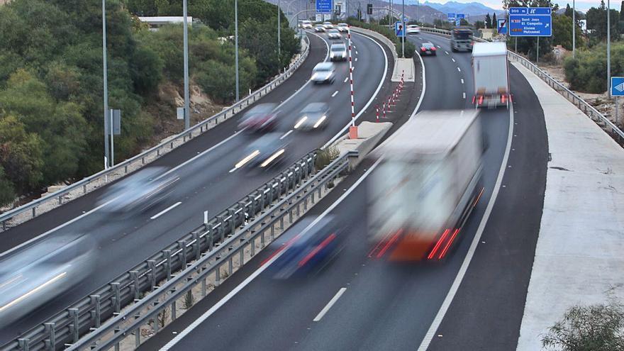 La sombra de los peajes en las autovías vuelve tan solo un año después de que la AP-7 sea gratis