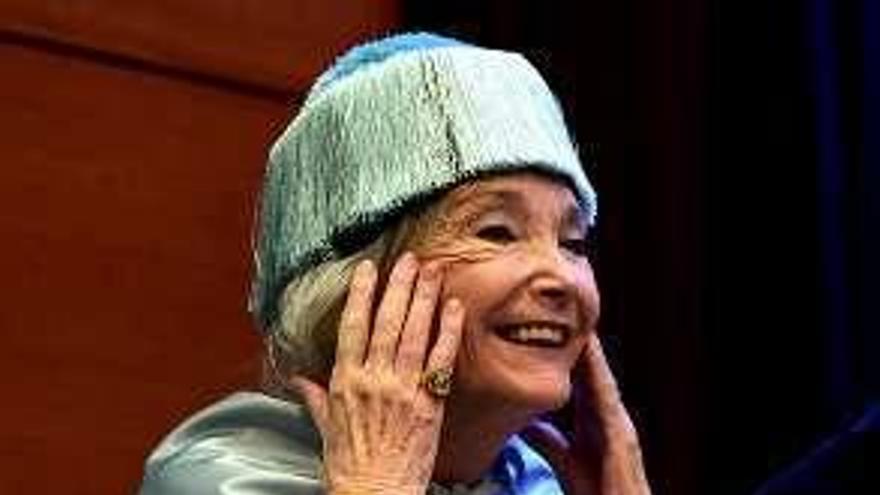 Nuria Espert, tres veces doctora honoris causa