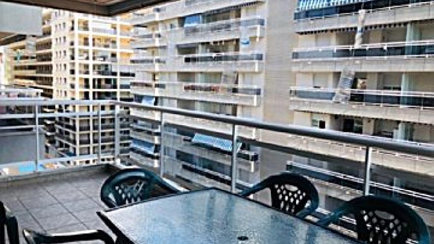 110.000 € Venta de piso en Oropesa del Mar (Orpesa) 49 m2, 2 habitaciones, 2 baños, 2.245 €/m2, 7 Planta...