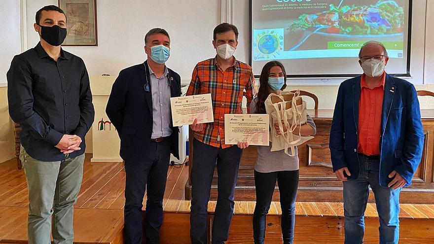Un treball de sostenibilitat a la cuina de l'Ins Ramon Muntaner guanya un concurs d'emprenedoria d'FP