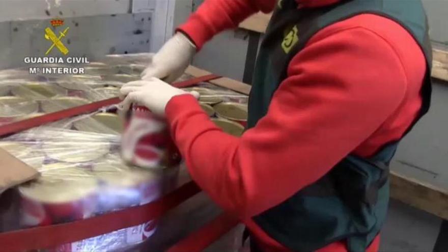 Intervienen 200 kilos de droga repartidos en latas de tomate