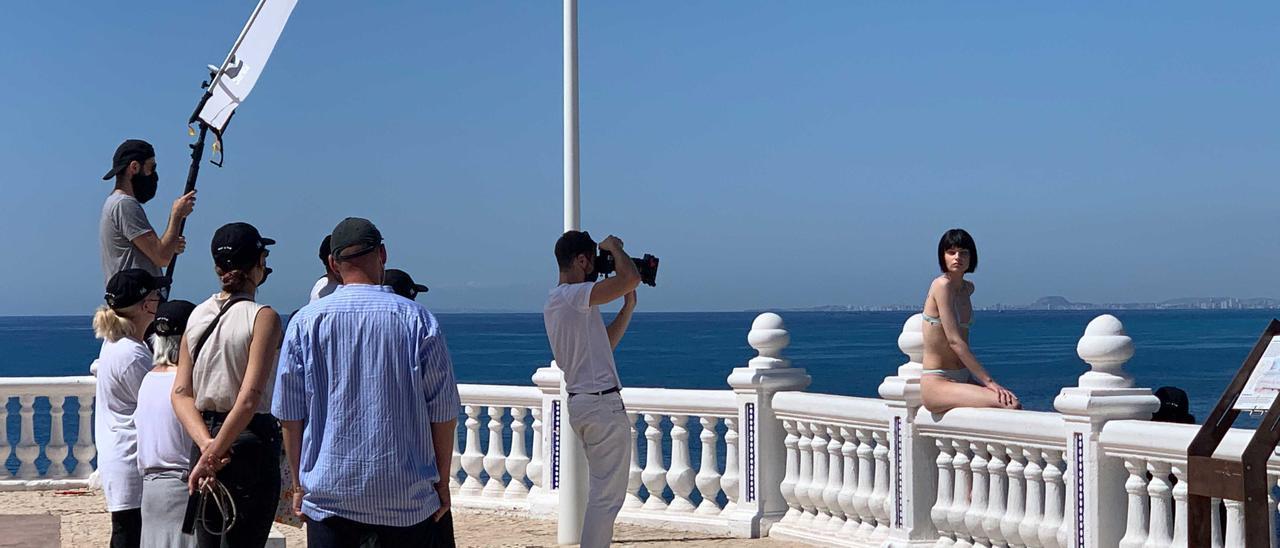 """Un momento del """"shooting"""" de Zara en El Castell de Benidorm."""