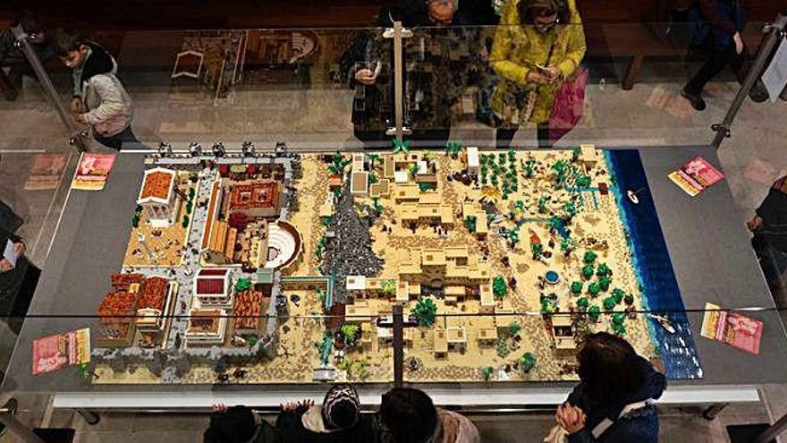 El belén de Lego del Etnográfico apura sus últimos días de exposición