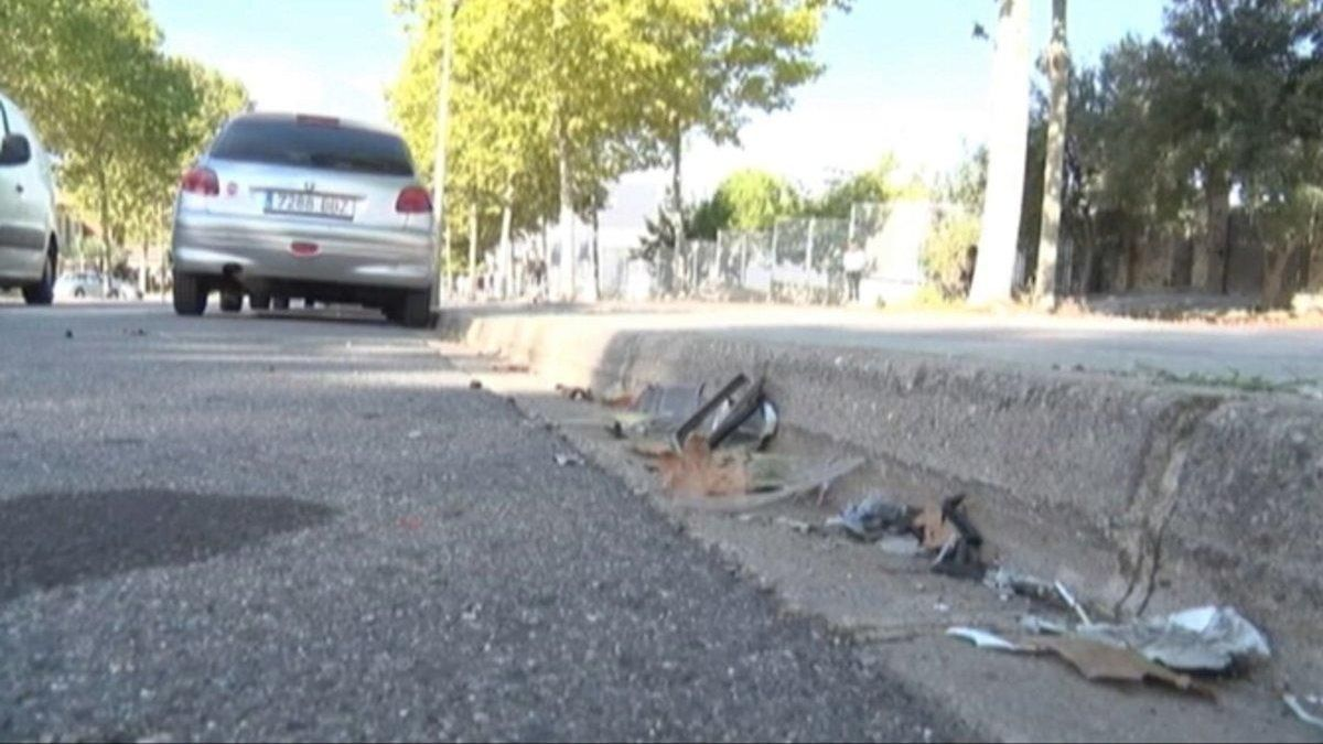 Herida grave en El Vendrell una joven que circulaba sentada en el capó de un coche