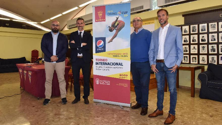 El Club Natación Metropole celebra una nueva edición de su emblemática competición