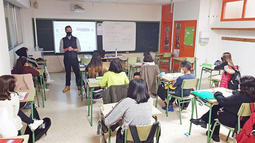Así se educa a un alumno con necesidades especiales en Vigo
