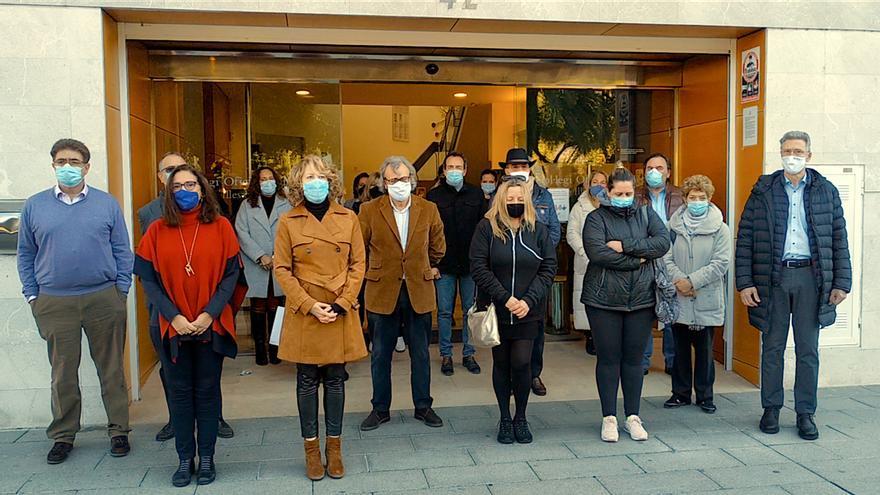 Minuto de silencio para honrar la memoria de Nedialka Veleva, segundo médico que fallece de covid en Baleares