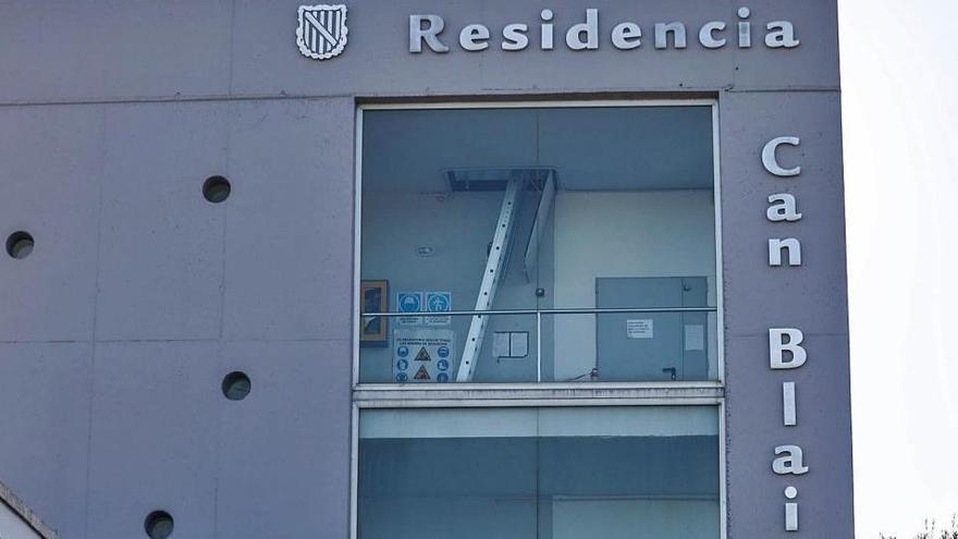 Dos usuarios de otra residencia de Ibiza hospitalizados por covid