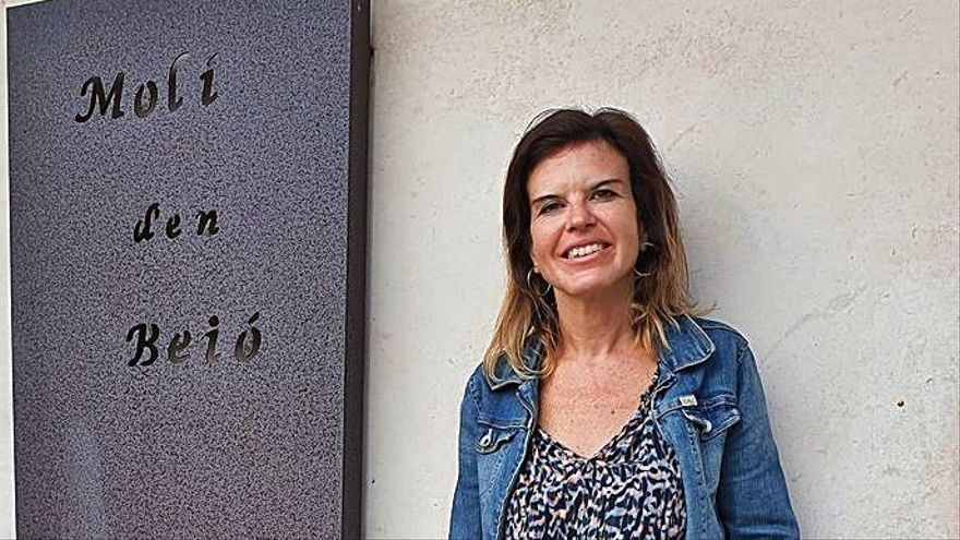 Margalida Rosselló: «La 'escola' da respuestas a las inquietudes del pueblo»