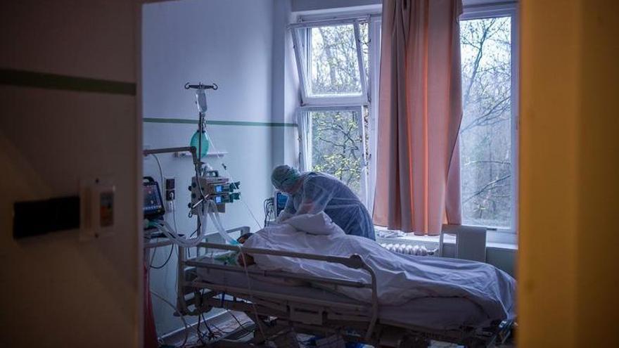 Murcia, de las regiones con menos pacientes hospitalizados por covid
