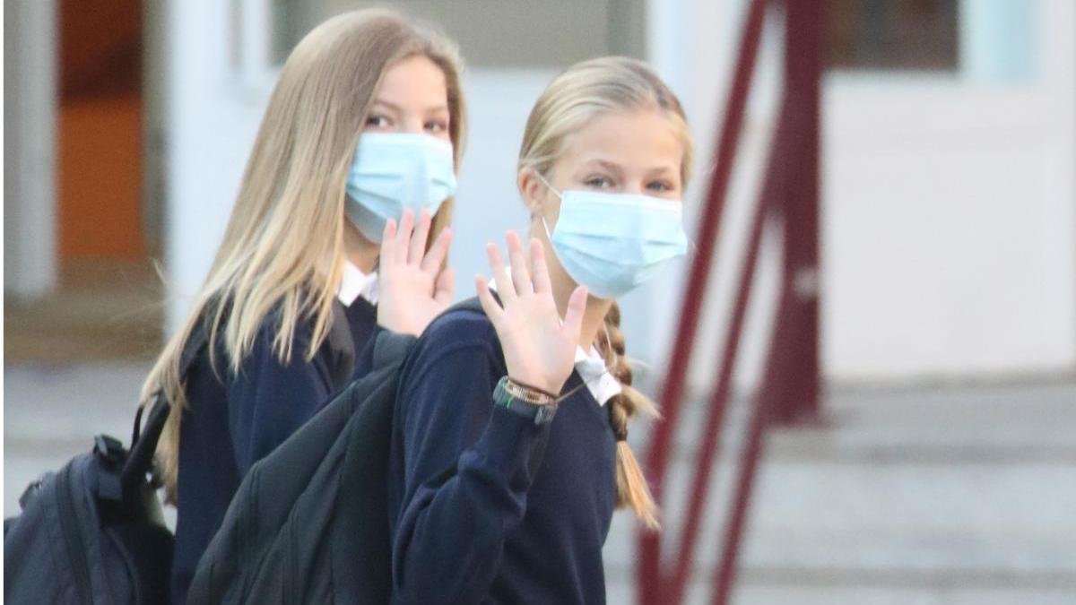 Sofía vuelve al colegio junto a Leonor.