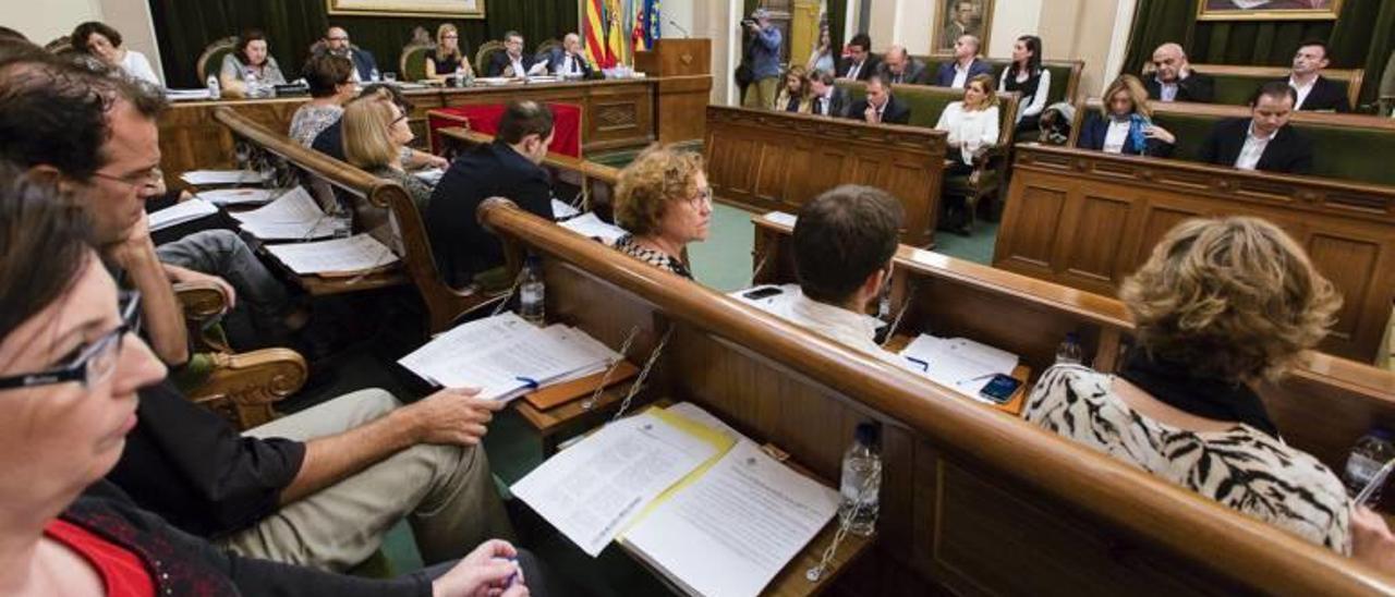 El plan de estabilidad de Castelló plantea congelar el IBI y las tasas de 2016 a 2018