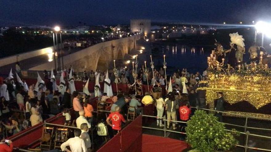 Vecinos del Puente Romano piden que se convoque la comisión de Semana Santa