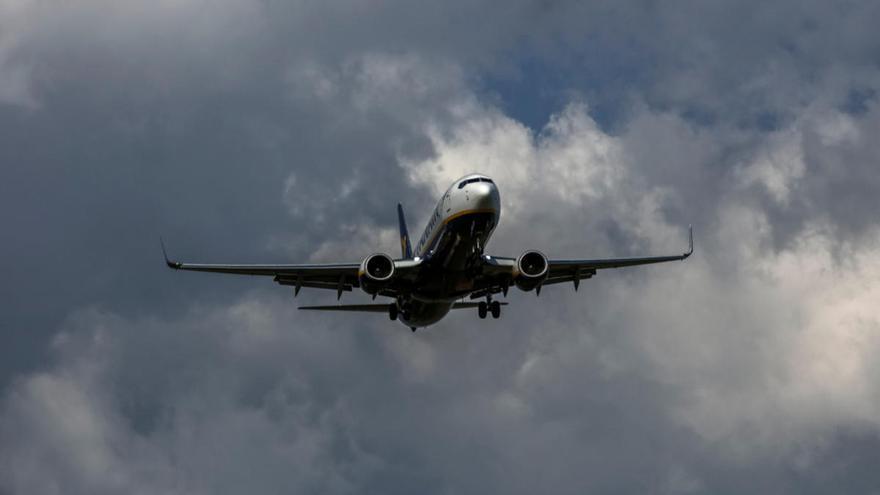 Las aerolíneas han subido sus precios un 40% a los baleares tras crecer el descuento