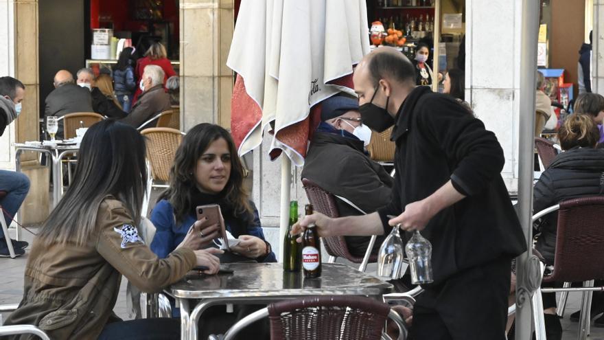 Castellón crea 5.000 empleos en tres meses y rebaja la tasa de paro al 12, 5%