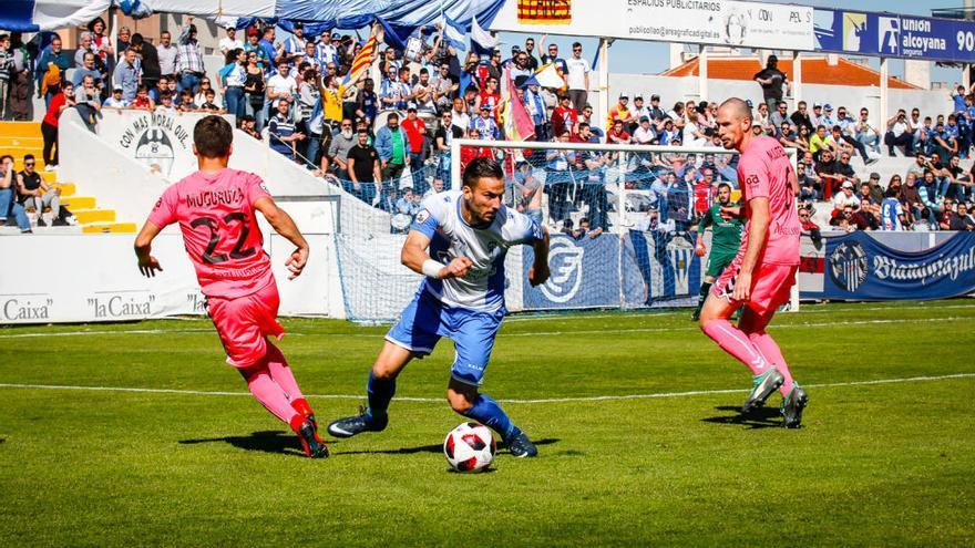 La peña Planes Blanc i Blau denuncia amenazas e insultos por parte de una decena de aficionados del Atlético Saguntino
