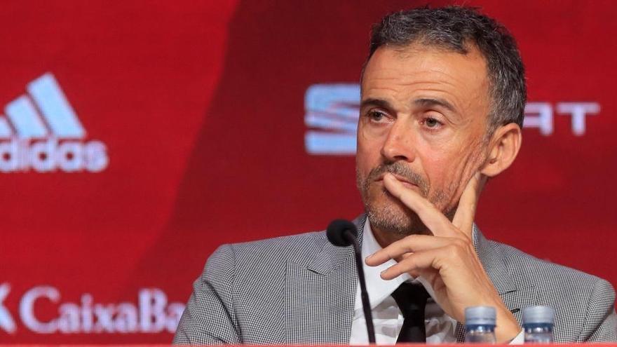 Luis Enrique regresa al banquillo español en Alemania el 3 de septiembre