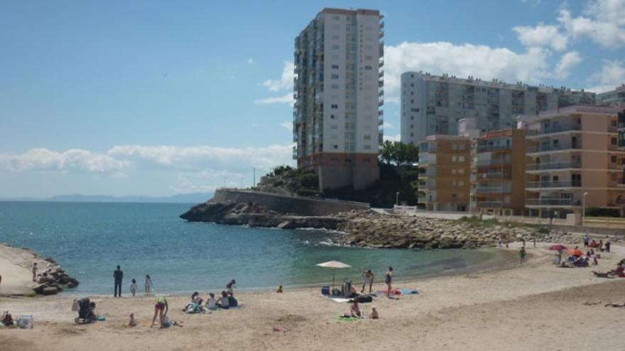 La playa del Faro de Cullera, abierta al baño