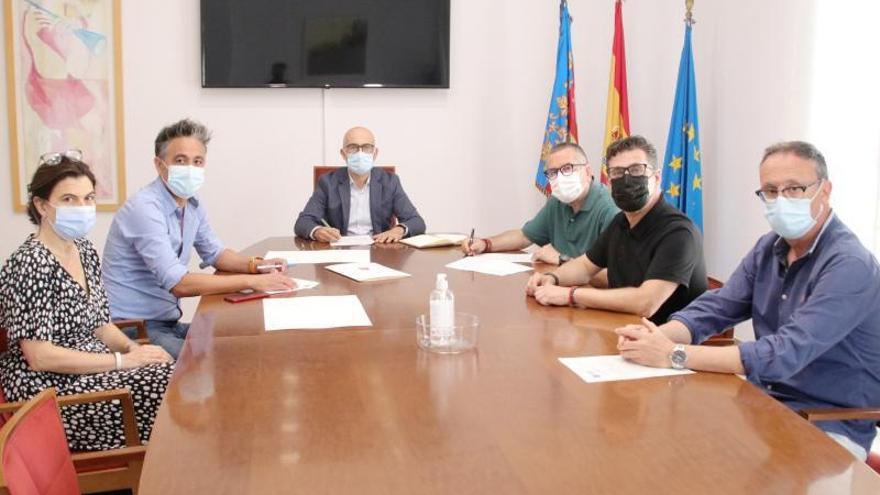 Alaquàs firma el convenio urbanístico para desarrollar el nuevo sector dels Mollons