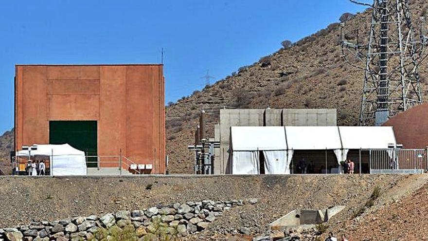 El Plan General del Sur plantea soterrar el cableado eléctrico de Chira-Soria