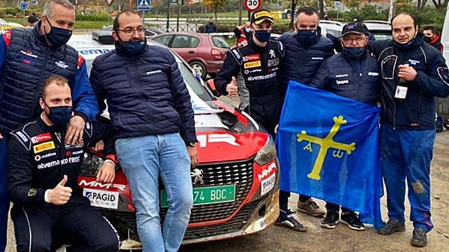 Cachón gana la Bk junior R2 en Madrid e irá al Europeo de rallyes