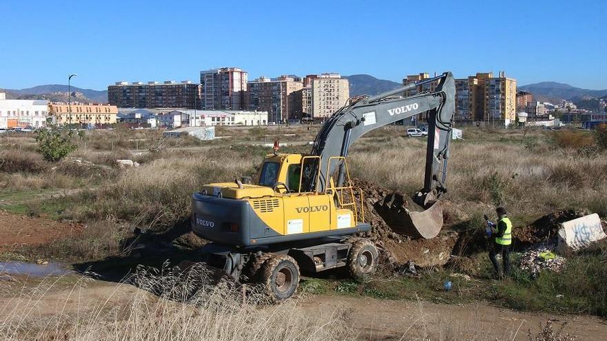 Bosque Urbano critica la gestión municipal de los suelos contaminados y el acuífero de Repsol