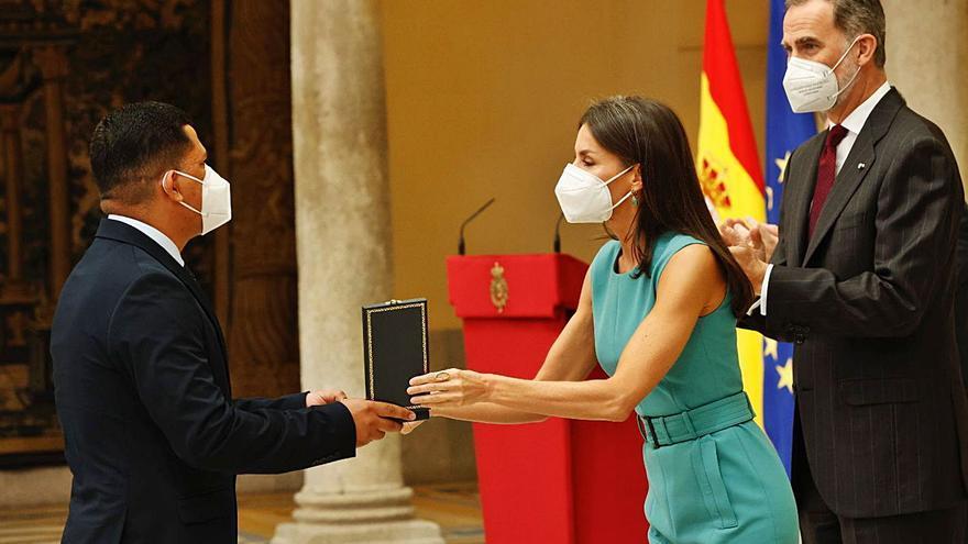El eterno Paco Martín y la actriz Margarita Lozano ya son de Oro