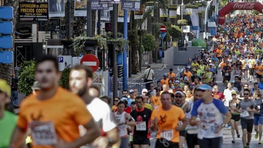 Media Maratón de Alicante: Enamorados del running