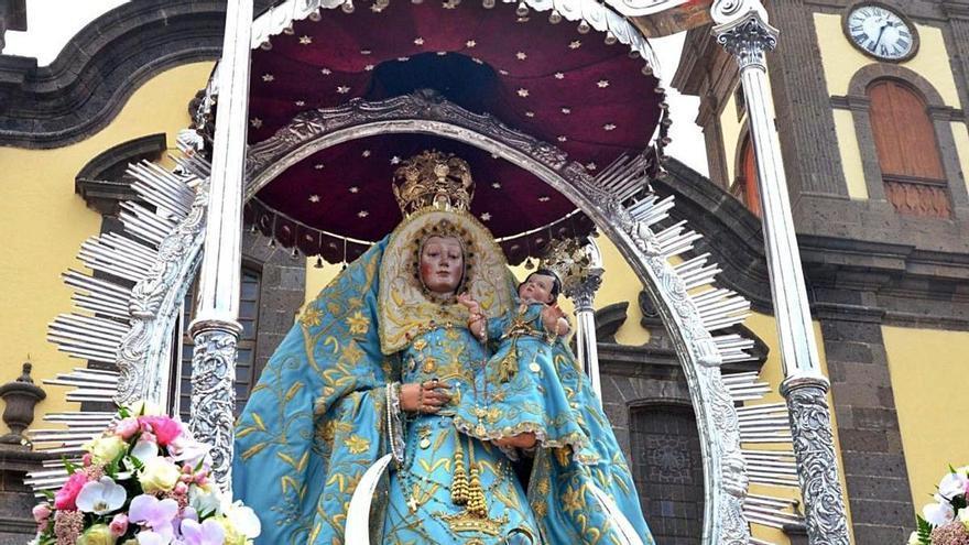 La imagen de la Virgen de Guía se intituló como De Candelaria