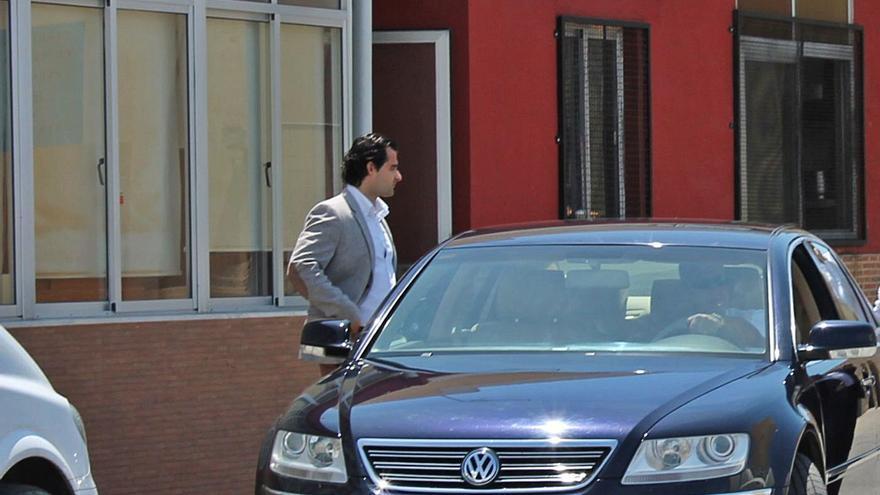 Torrevieja comprará un coche para la Alcaldía valorado en 46.567 euros