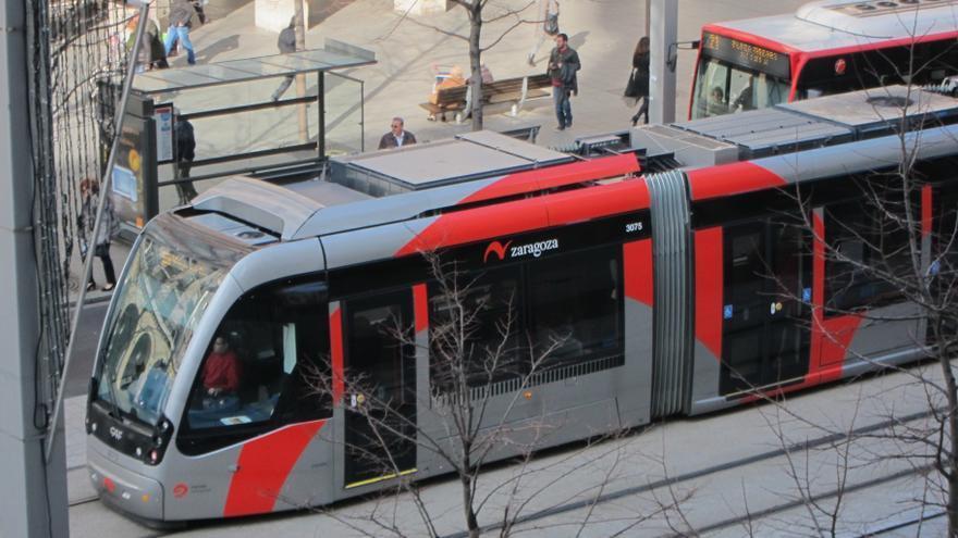 El PSOE de Zaragoza afirma que el transporte público no es una prioridad para Azcón porque sus votantes no lo usan