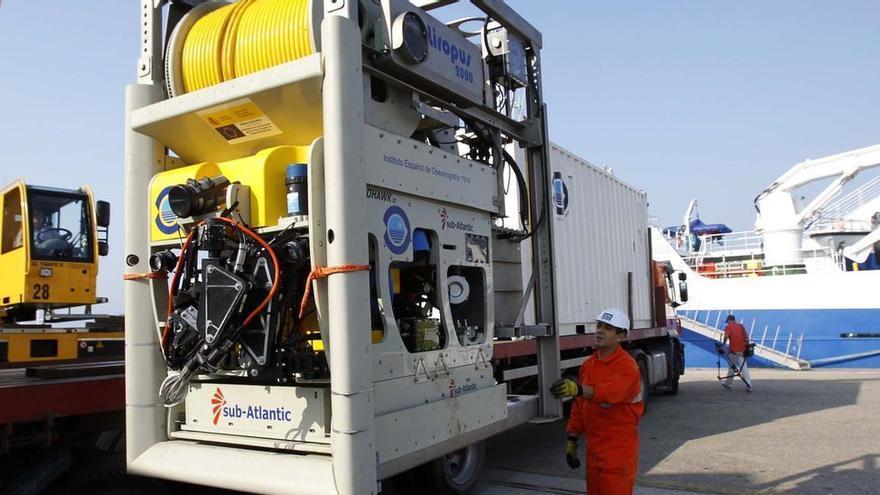 El robot submarino del 'Ángeles Alvariño' se halla al borde del colapso