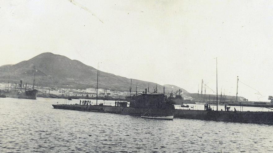 Los submarinos canarios de John Ford