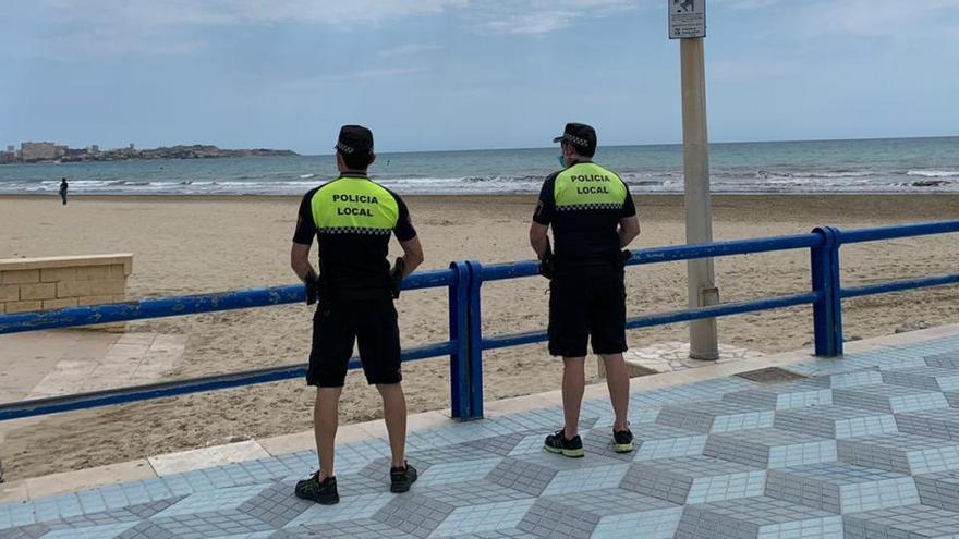 Veinte bares y restaurantes multados o cerrados por exceso de aforo en Alicante