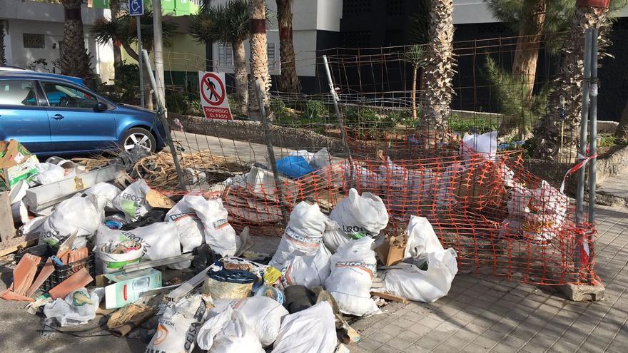 Cs critica el retraso en la rehabilitación de los bloques de la Vega de San José