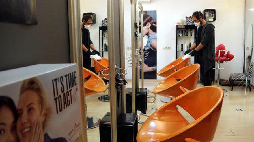 El tancament de les perruqueries dispara la compra de tints de cabell