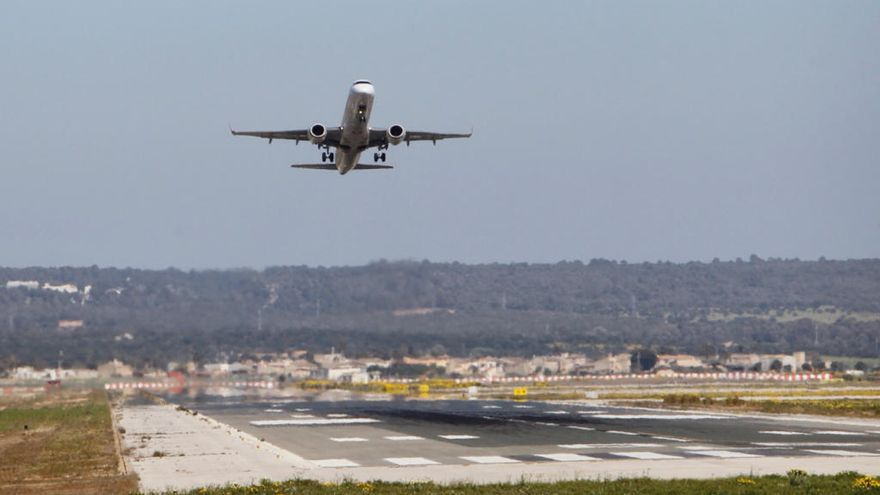 Veintiséis vuelos con Palma se cancelan por la huelga de controladores franceses