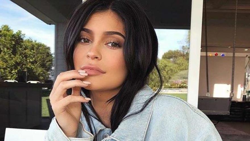 Así es la Amira Annaba, la doble de Kylie Jenner que triunfa en Instagram