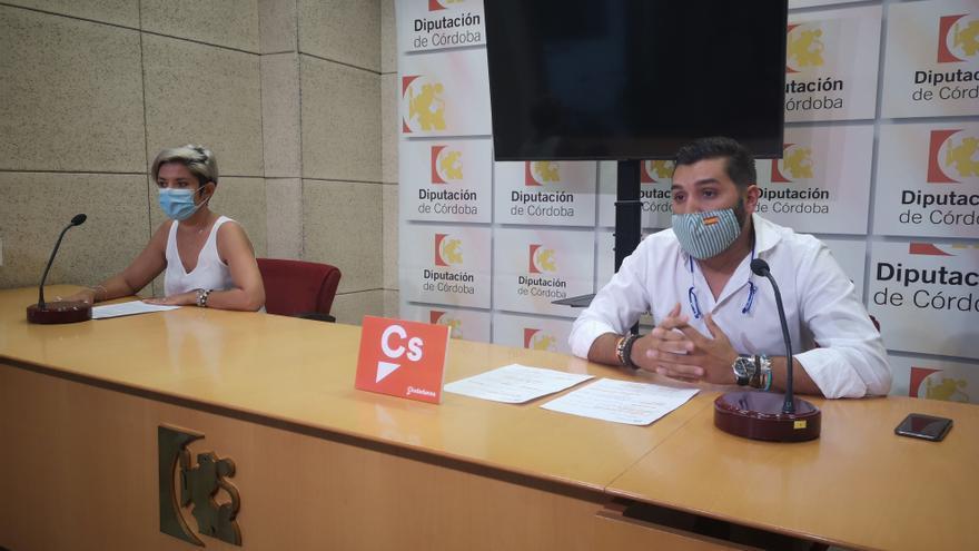 """Cs critica el """"palo"""" al sector ganadero de Córdoba por la campaña contra la carne del ministro Garzón"""