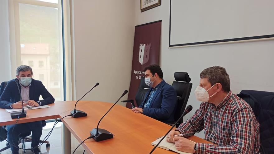 El Ministerio apura plazos en el argayo de Salas y adelanta a julio la solución del paso alternativo