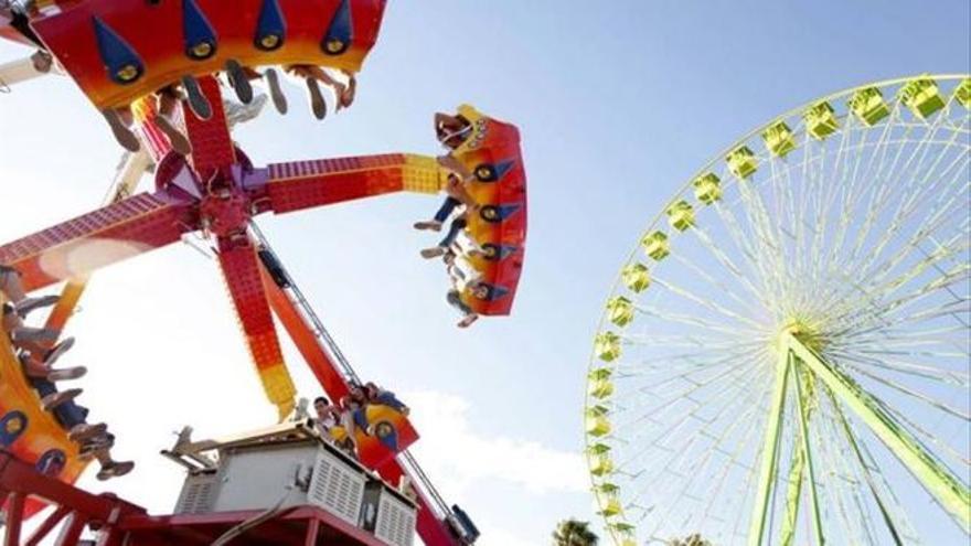 Las atracciones volverán a La Fica en la Feria de Septiembre con control de aforo