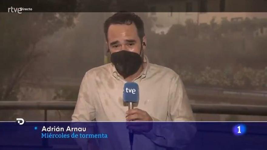 """Un reportero de TVE se pronuncia tras su polémico directo en el 'Telediario': """"Calma, por favor"""""""