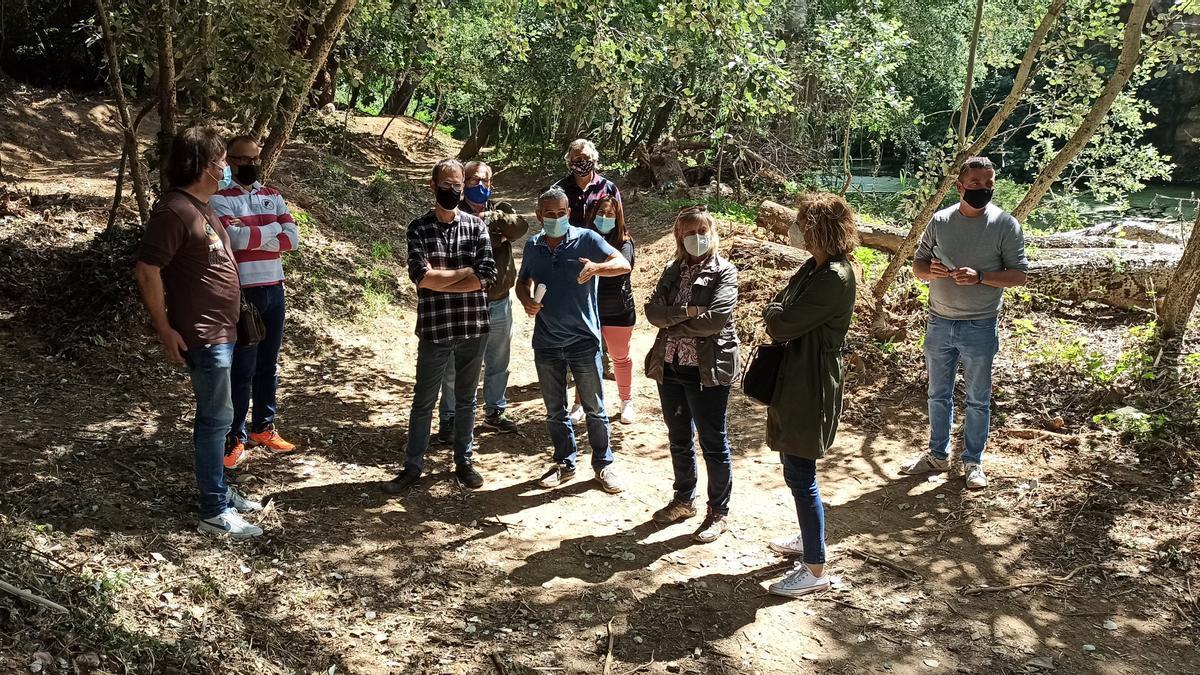 Tècnics i els regidors de Vilafant han pogut veure els treballs dels camins del Manol