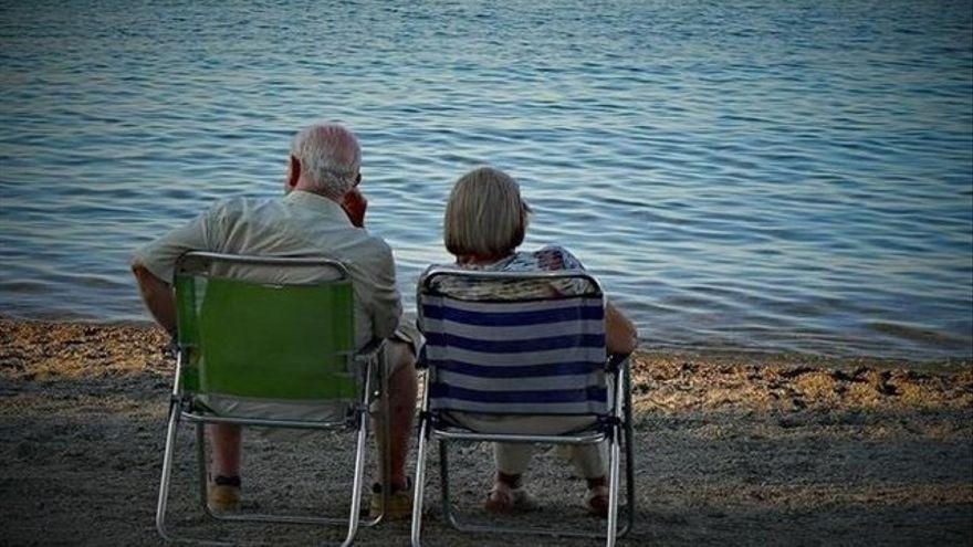 Agencias, hoteles y jubilados, indignados por el parón de los viajes del Imserso