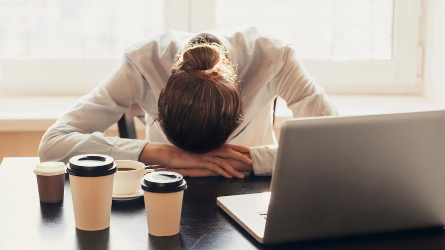 Estos son los síntomas asociados a la fatiga que pueden indicar que no es simple cansancio