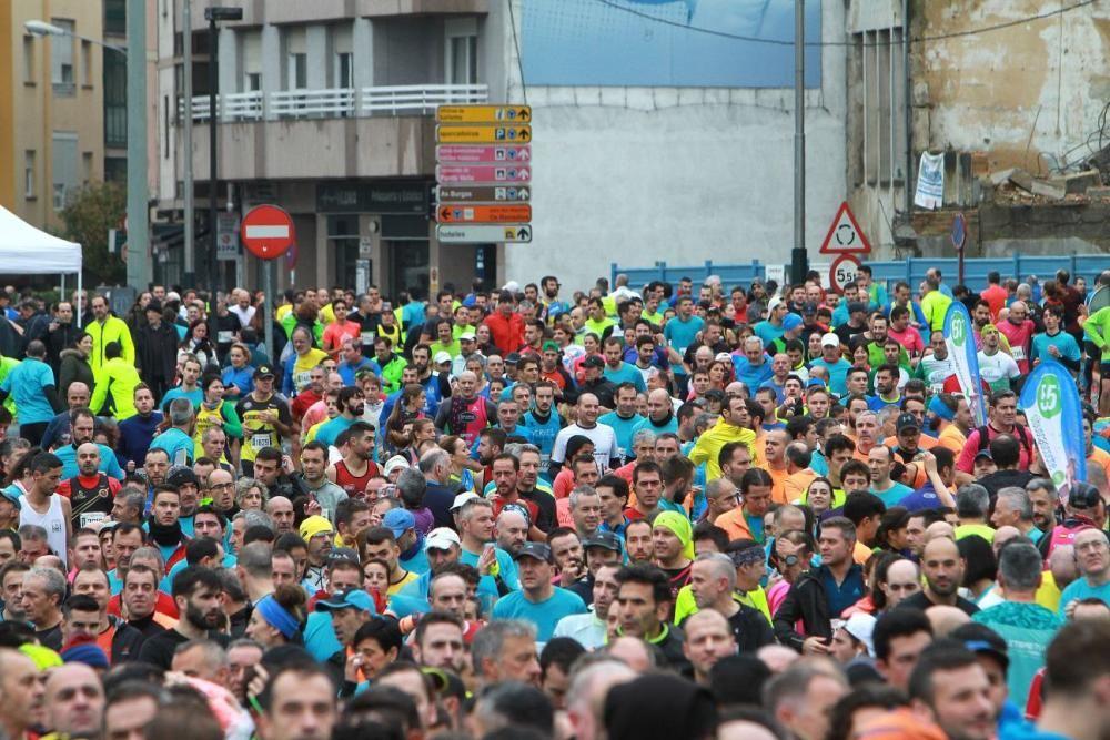 11.000 pisadas en la San Martiño de Ourense. // I. Osorio