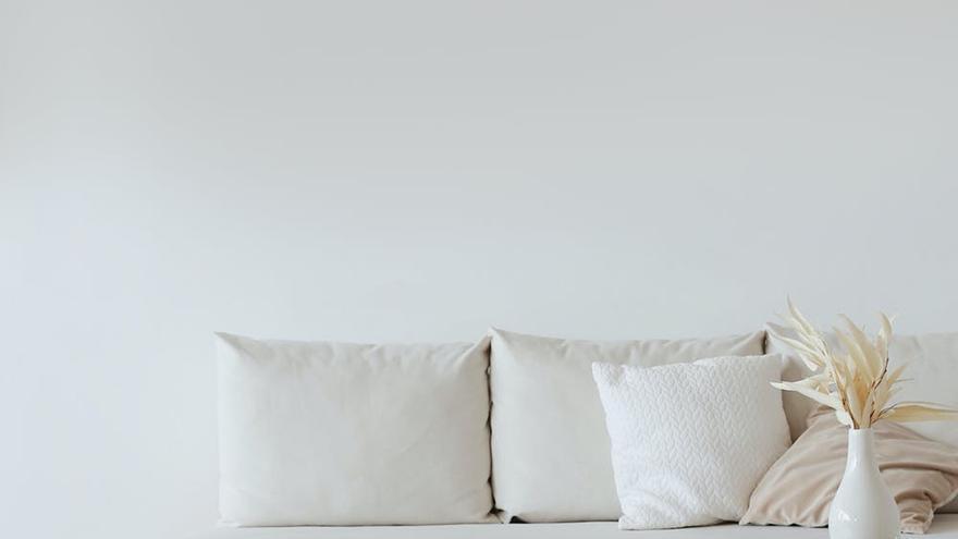 Sin pintura ni rodillo: el secreto para dejar las paredes blancas como el primer día