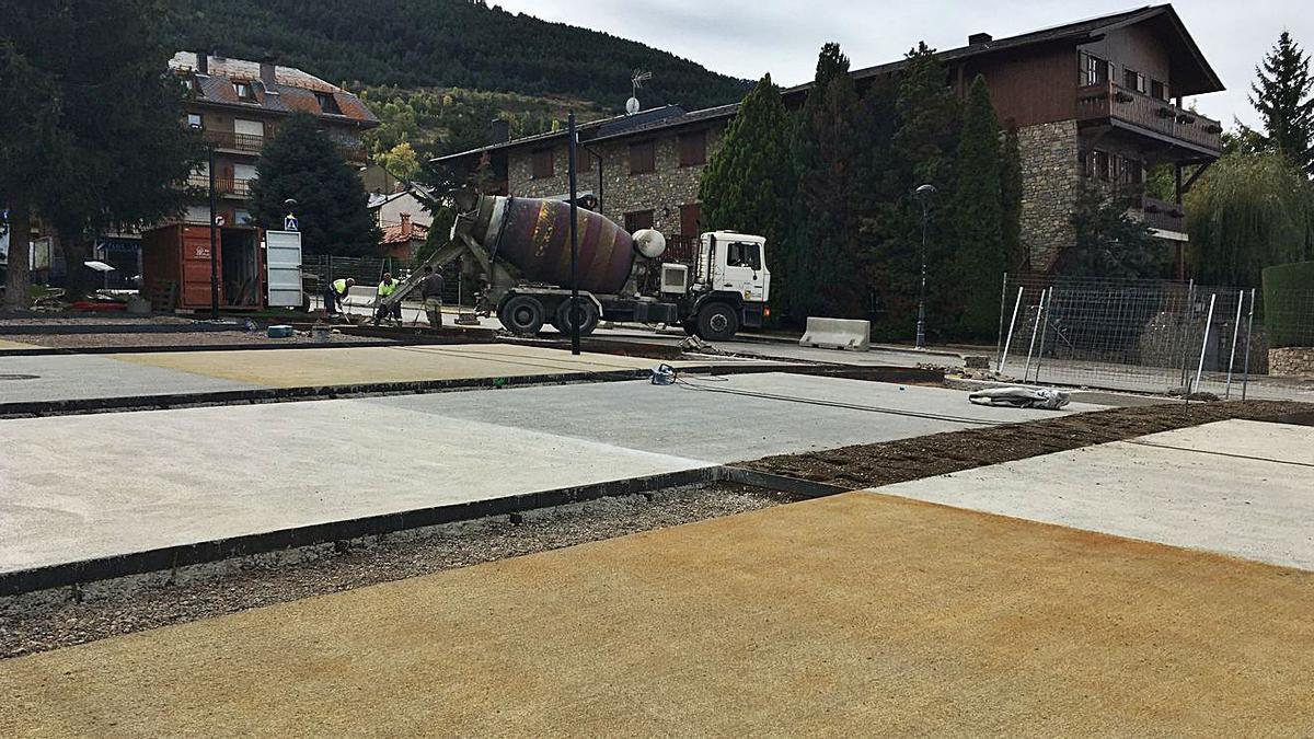 Les obres de remodelació de l'avinguda de la Mancomunitat d'Alp   MIQUEL SPA