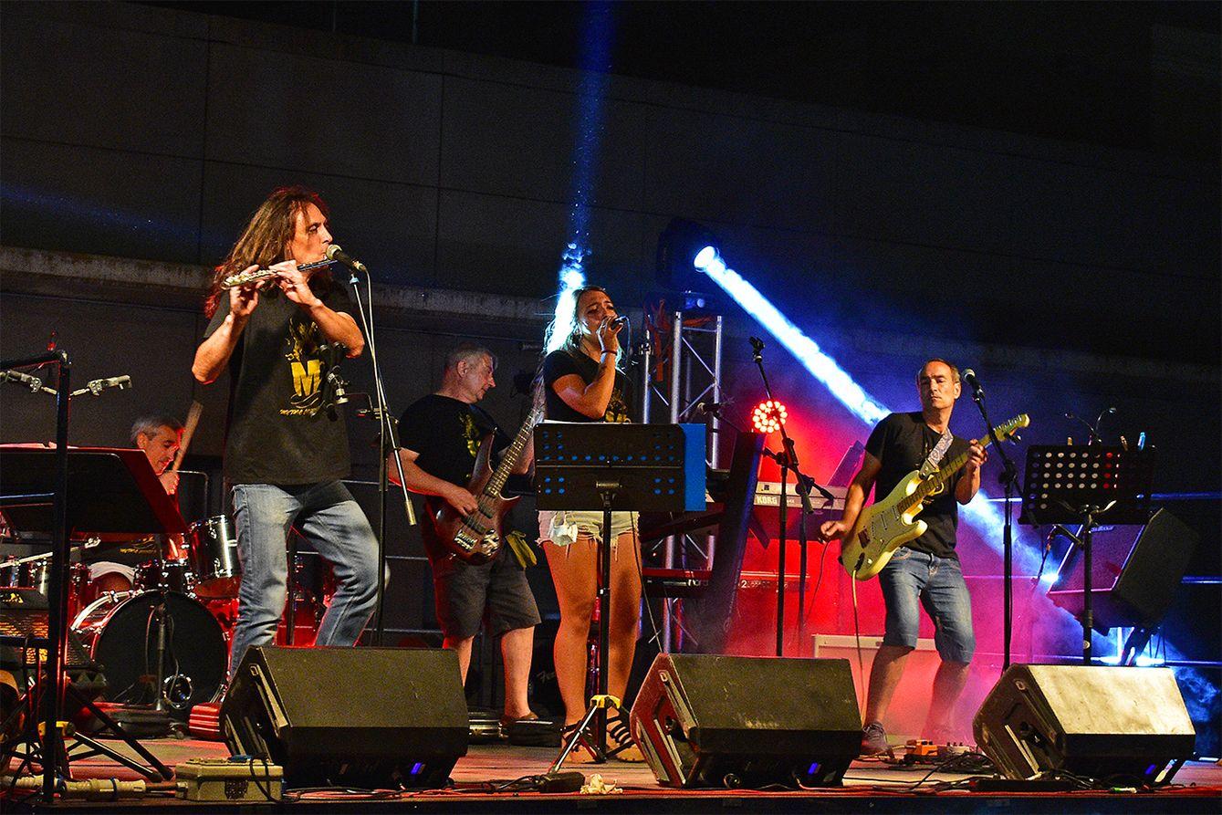 Concert de Mythic Coffee Band, dins del programa de la Festa Major